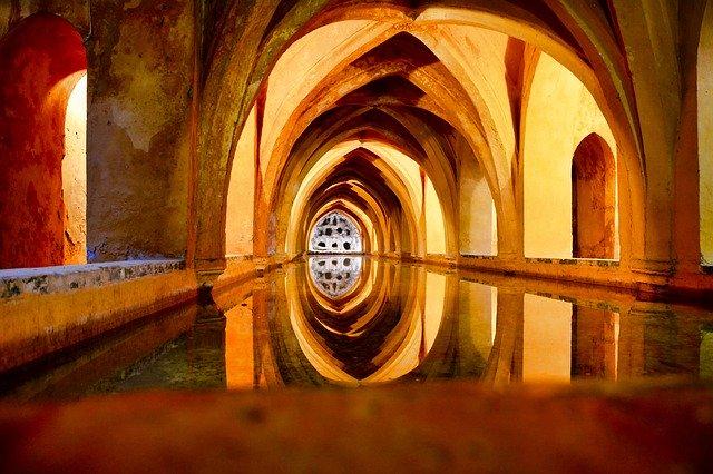 Bath Warm Spa Relax Secret Place  - Mleveill / Pixabay
